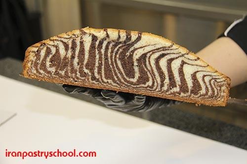 دوره تخصصی کیک های کافی شاپی در مدرسه شیرینی ایران